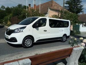 kisbusz2018-01