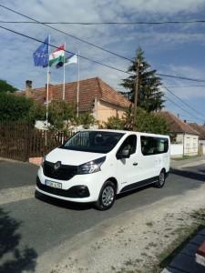 kisbusz2018-03